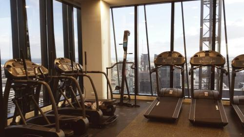The fitness center and/or fitness facilities at Collins Accommodation