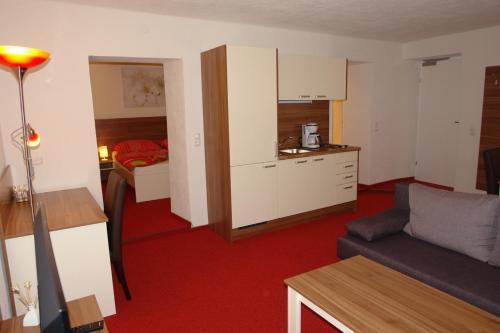 Küche/Küchenzeile in der Unterkunft Hotel Garni Daniela Urich