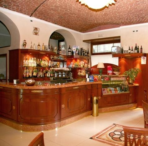 The lounge or bar area at Hotel Nizza