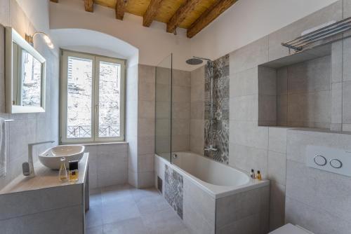 A bathroom at Villa Split Heritage Hotel