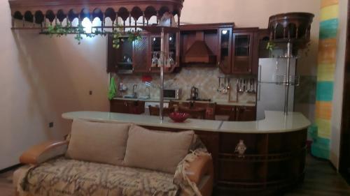 A cozinha ou cozinha compacta de XAGANI Street MOLOKANSKII SADIK