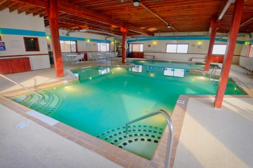 The swimming pool at or near Club Ocean Villas II by Capital Vacations