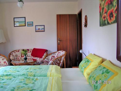 Ein Zimmer in der Unterkunft Ferienwohnung Tina