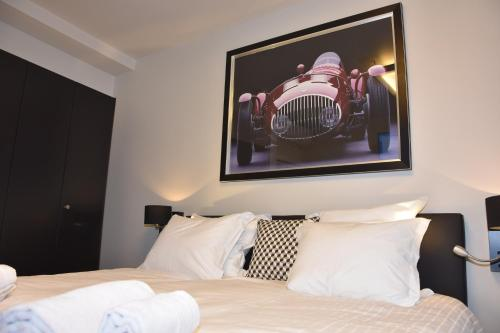 A bed or beds in a room at Suite 40