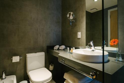 Um banheiro em Own Montevideo