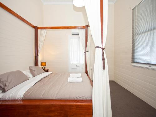 A room at CBD Holiday Home