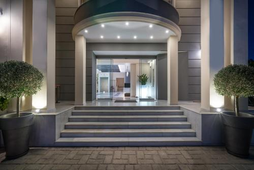 The facade or entrance of Park Hotel & Spa-Adults Only