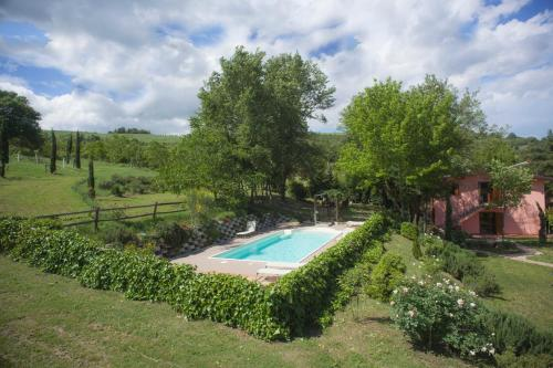 The swimming pool at or near Agriturismo Il Cavicchio