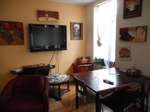 Salon ou bar de l'établissement Auberge Maeva