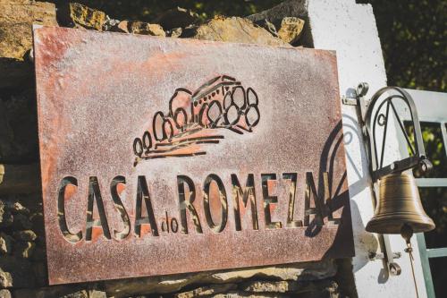 Um certificado, prémio, placa ou documento mostrado em Casa do Romezal