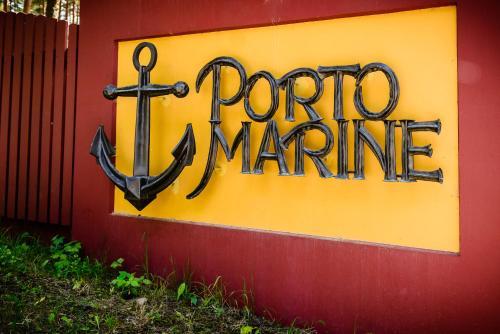 Naktsmītnes Porto Marine logotips vai norāde