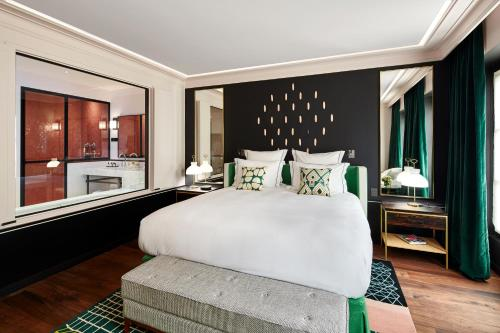 A room at Le Roch Hotel & Spa