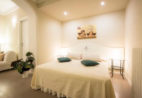 A room at Santa Maria Novella modern apartment