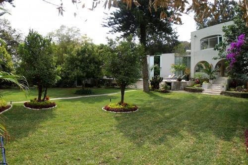 Jardín al aire libre en Casa Tepoztlán