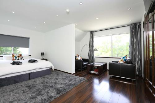 A room at Hakuba Slopeside Chalet