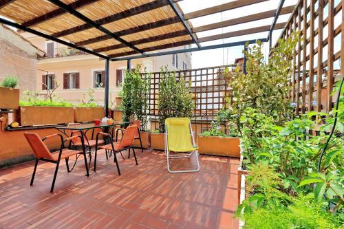 Salon ou bar de l'établissement Rome Unique Navona Apartments