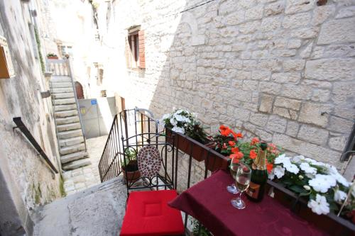 A patio or other outdoor area at Tragurium & Salona Apartments