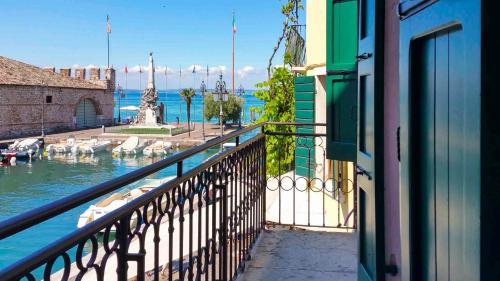 A balcony or terrace at Porto Vecchio Appartamenti