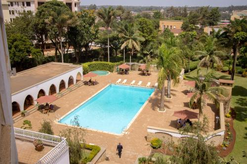 A view of the pool at Sirikwa Hotel or nearby