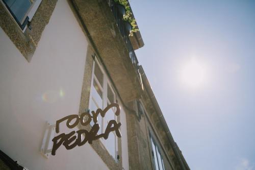 roomPEDRA apartamentos turísticos的證明、獎勵、獎狀或其他證書