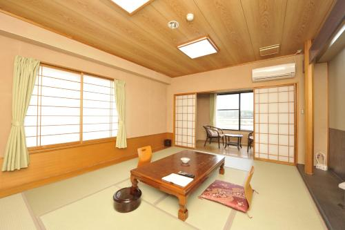 A seating area at Kagoiwa Onsen Ryokan