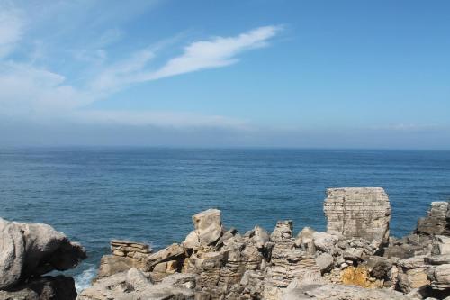 Uma vista do mar geral ou uma vista do mar a partir da casa de hóspedes