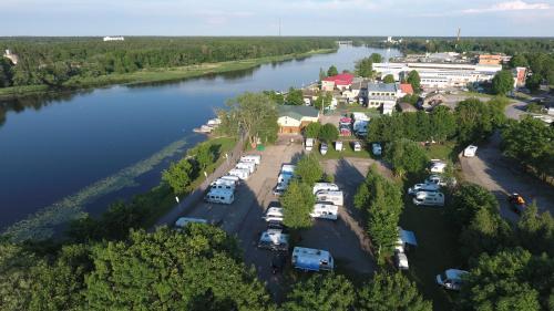 Konse Motel and Caravan Camping с высоты птичьего полета