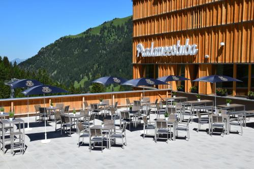 A restaurant or other place to eat at JUFA Hotel Malbun Alpin Resort