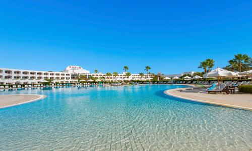 Басейн в Baron Resort Sharm El Sheikh або поблизу