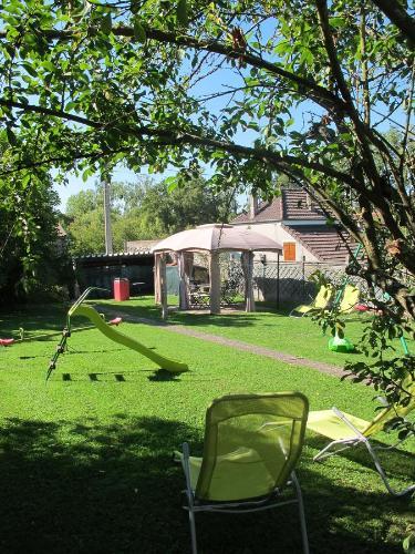 A garden outside Gîte Florida