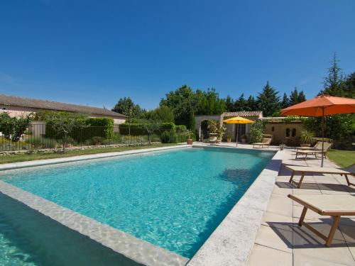 The swimming pool at or near Holiday Home L'Olivier