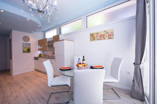 Küche/Küchenzeile in der Unterkunft Piccola Grecia 1