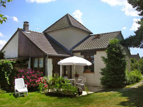 A porch or other outdoor area at Holiday Home La Tour