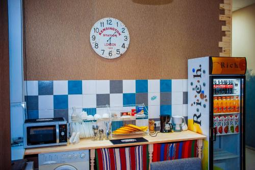 A kitchen or kitchenette at Papa`s