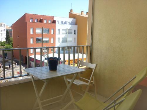 A balcony or terrace at Apartment Agde Marine I-3