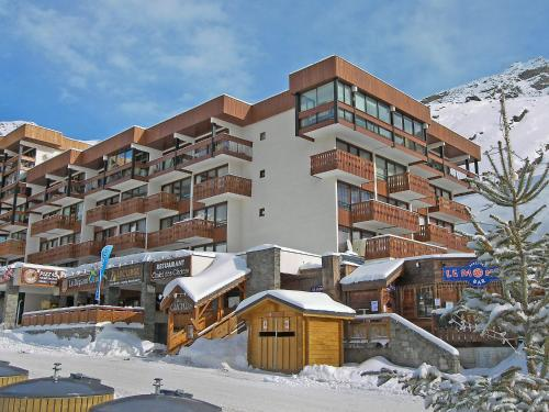 Apartment Les Glaciers during the winter