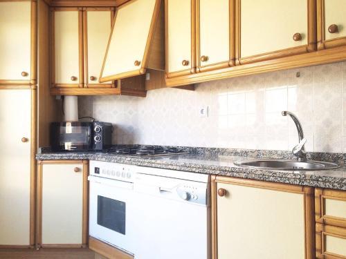 Una cocina o zona de cocina en Piso Santa Barbara
