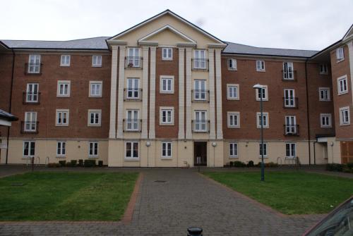 Brunel Crescent Apartments