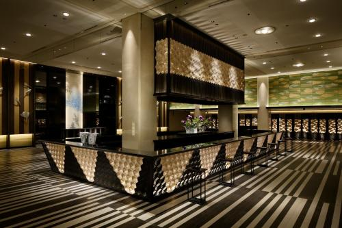Area lounge atau bar di Grand Prince Hotel Shin Takanawa