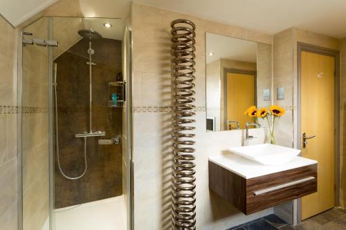 A bathroom at Cherwell Gates