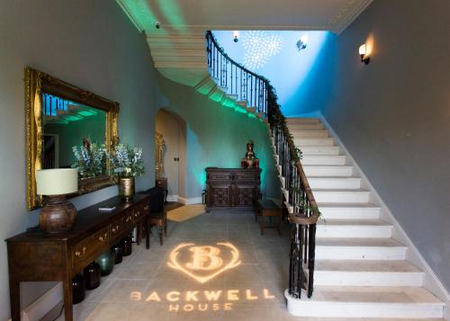 The lounge or bar area at Backwell House