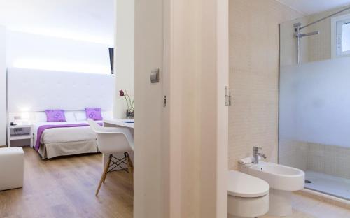 Ванная комната в Hotel Albahia Alicante