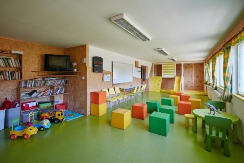 Lounge oder Bar in der Unterkunft Penzion Blesk
