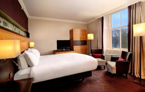 A room at DoubleTree by Hilton Dunblane Hydro Hotel