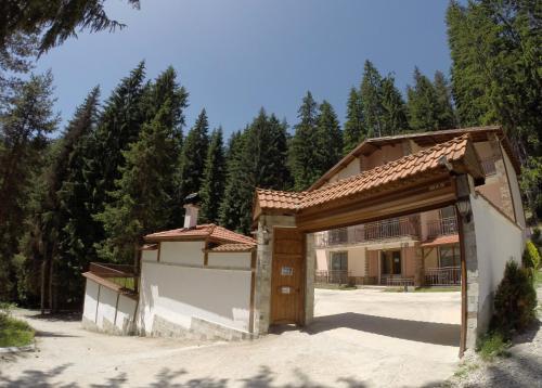 Villa Ivelia зимой