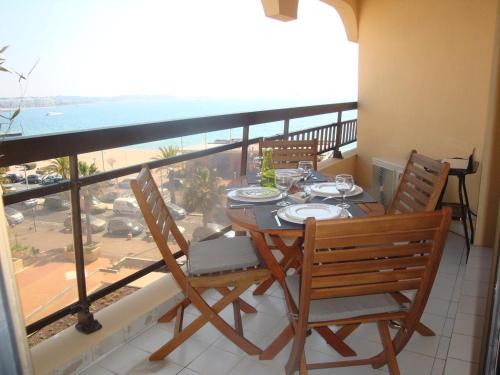 A balcony or terrace at Acapulco Frejus Plage