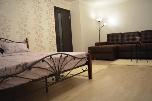 A seating area at Apartment Rakhmaninova Proezd