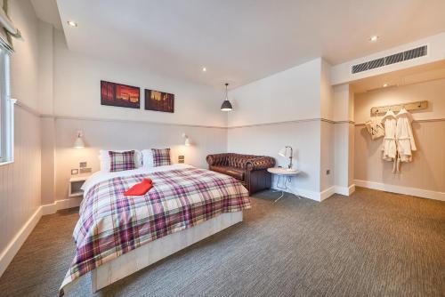 A room at Saint Pauls House