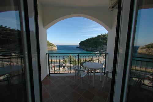 Ein Balkon oder eine Terrasse in der Unterkunft Hotel Apollon