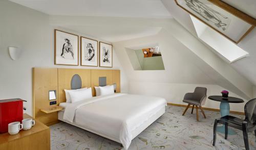 A room at Park Plaza Berlin Kudamm